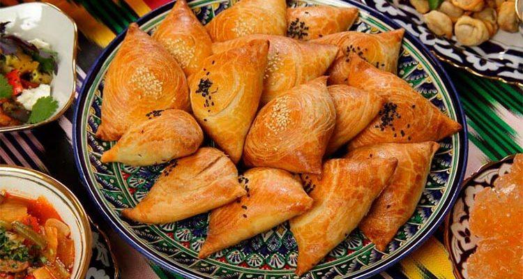 Somsa tayyorlash — qavatli somsa uchun xamir va nachinka retsepti, usullari
