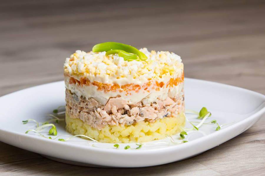 Mimoza salati tayyorlash — retsepti, bosqichlari, rasmlari